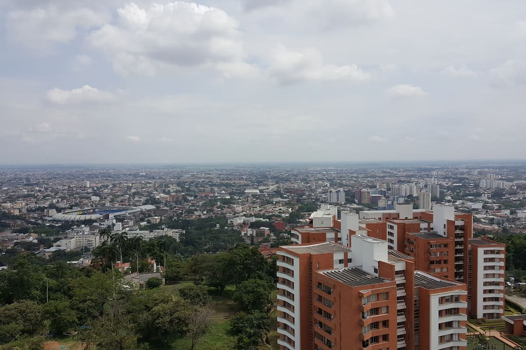 Vista de toda la zona Sur occidente de cali.