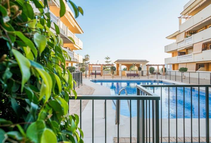 Bonito Apartamento junto al Mar  VFT/MA/126 - Rincón de la Victoria - Huoneisto