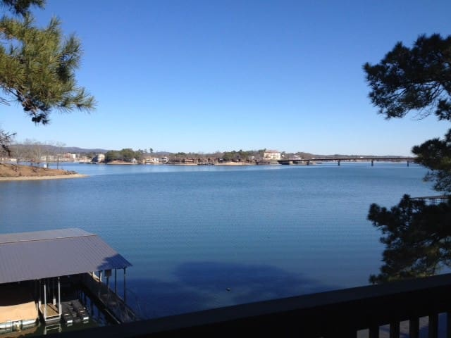 Great View-Location-Value!! - Lake Hamilton - Apartment