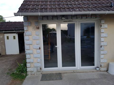 Maisonnette de campagne, proche Sully/Loire