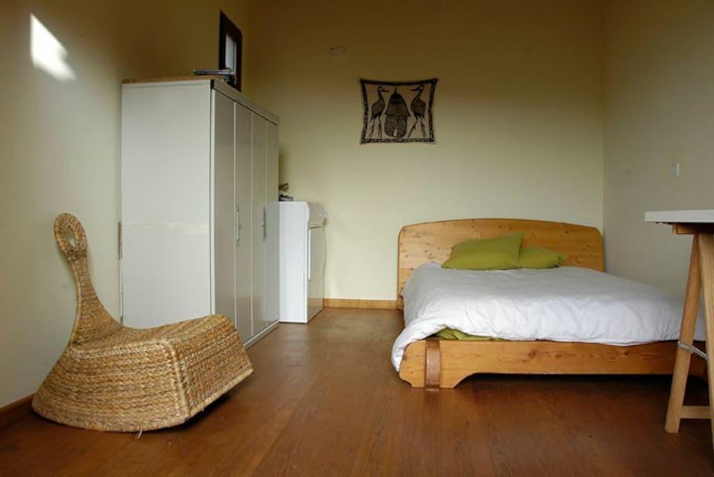 Habitaci n privada sol y luz tranquilidad casas en alquiler en san crist bal de la laguna - Alquiler habitacion la laguna ...