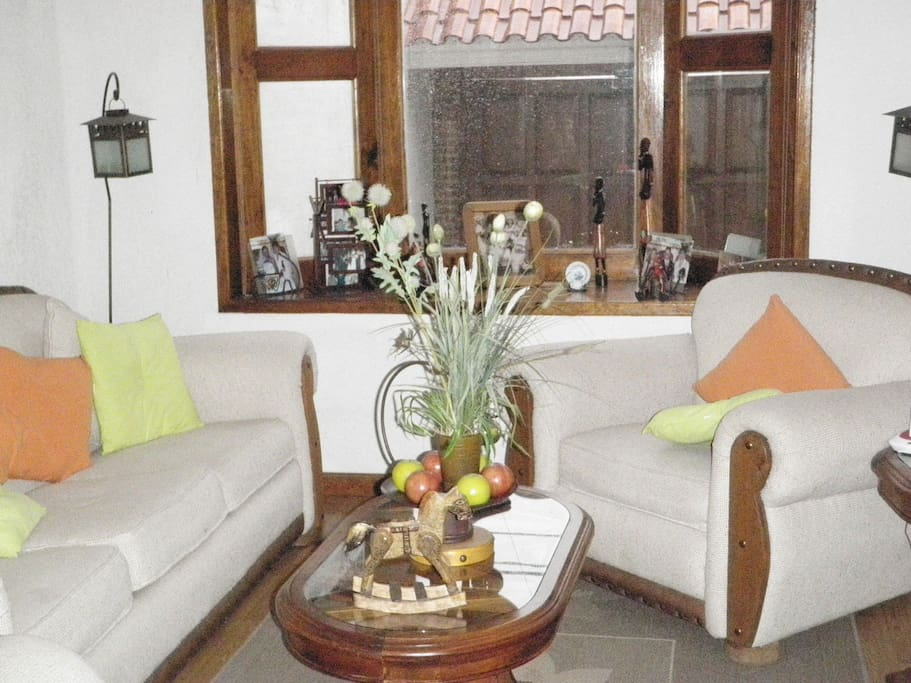 Preciosas recamaras amuebladas con ba o privado maisons for Recamaras amuebladas