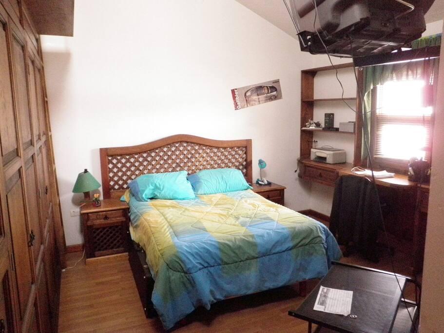 Preciosas recamaras amuebladas houses for rent in puebla for Recamaras amuebladas