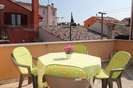Villa Daveggie - old town of Rovinj center - โรวีน - บ้าน