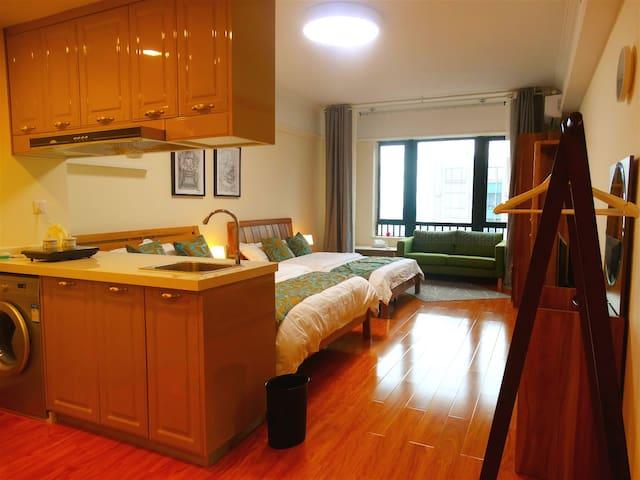 蜗牛假日公寓酒店(豪华双床房) - Dongguan - Wohnung