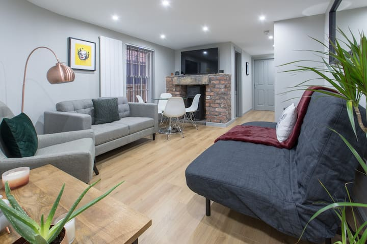 BOUTIQUE APARTMENT IN THE HEART OF THE CITY
