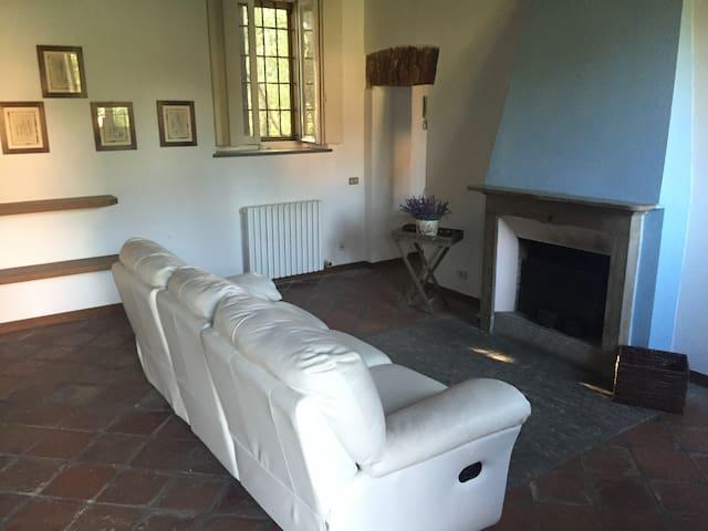 Elegante e discreta Casa della Pietraserena - Lodi - Huis