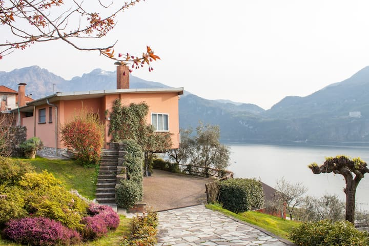 Beautiful Villa, Lakeview & Garden - Mandello del Lario - Villa