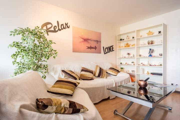 Modern&Cosy Lodging ONU(15') Palexpo(10') CERN(5') - Saint-Genis-Pouilly - Apartment