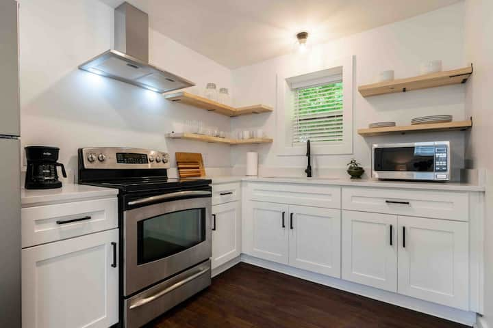 Stylish Space off Milledge close to UGA (3)