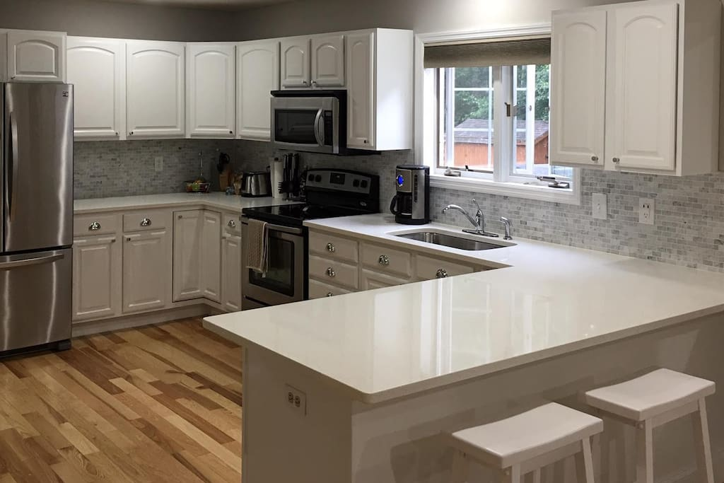 Newly renovated kitchen equipped for entertaining