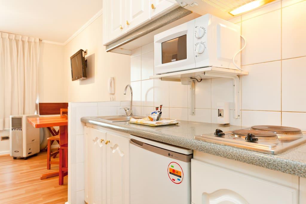 Departamentos con kitchenette equipada.