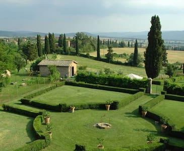 B&B2 in beautiful farm Siena10min - Sienne - Bed & Breakfast