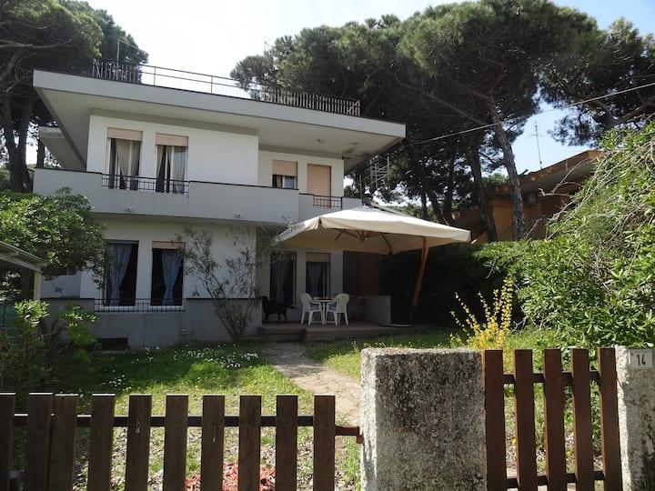 The Rosi house, near the sea