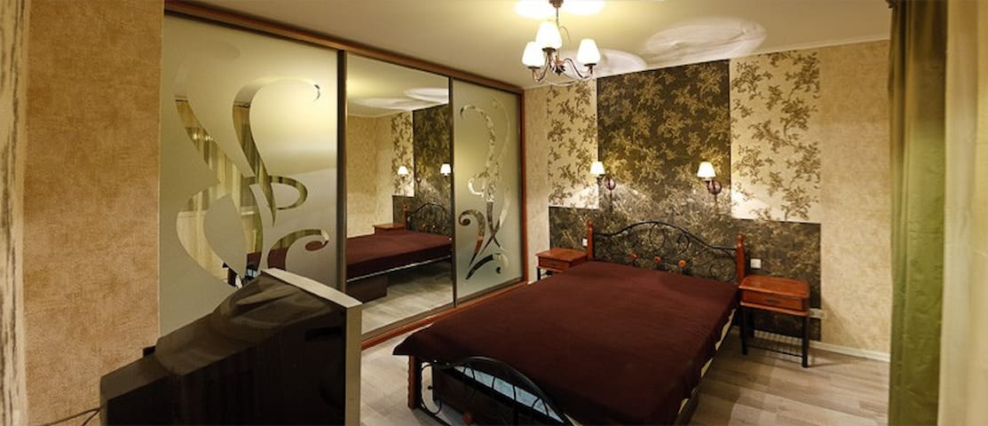 Шикарная двухкомнатная на Позняках - 키예프 - 아파트