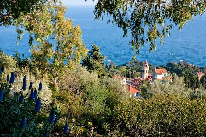 LOFT DI 90MQ MORTOLA HANBURY GARDEN - Ventimiglia - Loft