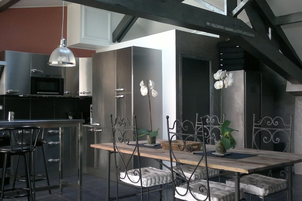 Loft 56m2 fully equiped, 10mn from Parc des Expos  Lofts