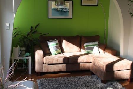 Cronulla Beach 2 Bedroom Apartment - Cronulla - Daire
