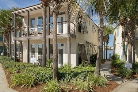 Destiny Beach Villa 9A - Destin