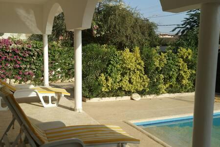 Villa spacieuse avec piscine - Saly - M'bour