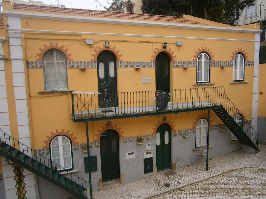 Picturesque Villa in the heart of Lisbon