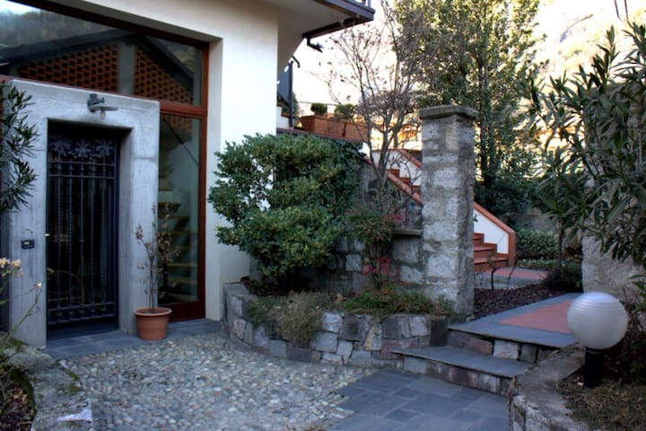 Wonderful Flat for mountain lovers - Capo di Ponte - Apartment