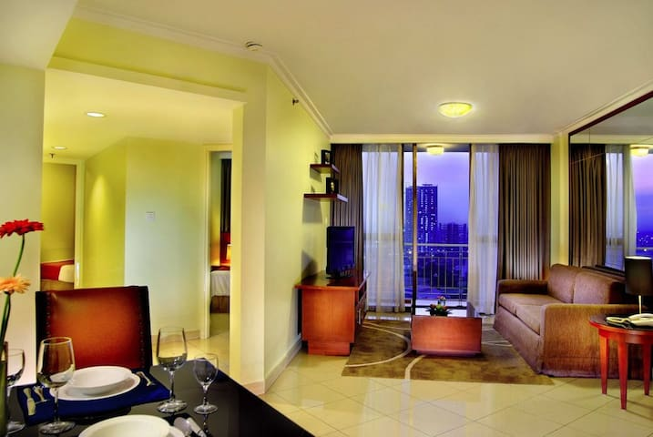 A serviced apartment in the centre - Jakarta Capital Region - Apartment