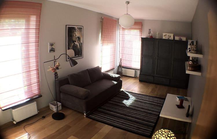 Una's Room