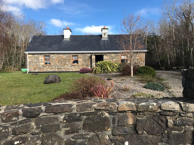 The Cottage in a league of its own - Leitrim - Huis