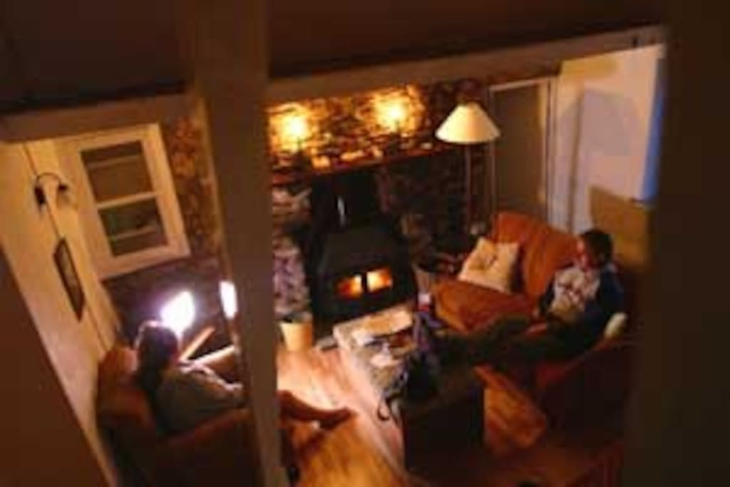 Real fire place for that cosy evening in
