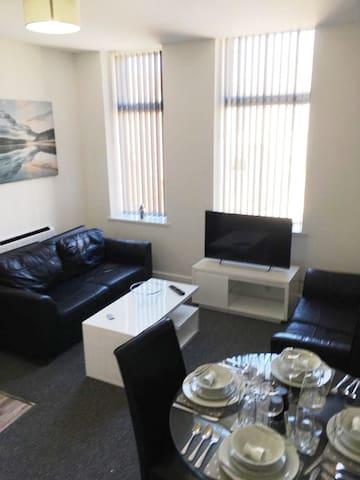 Apartment 8 - Newly Refurbished
