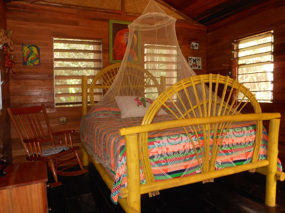 Queen Sized Bed in Cotton Tree Cabana