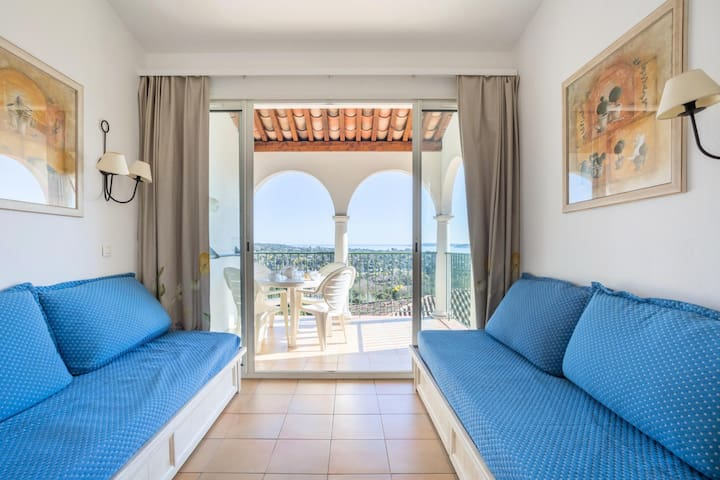 Appartement 4 personnes avec terrasse vue m (Phone number hidden by Airbnb)