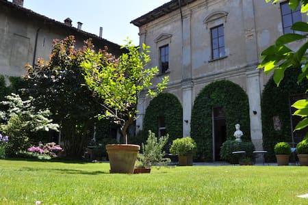 Appartamento in un monastero: Bruna - Soresina  - Leilighet