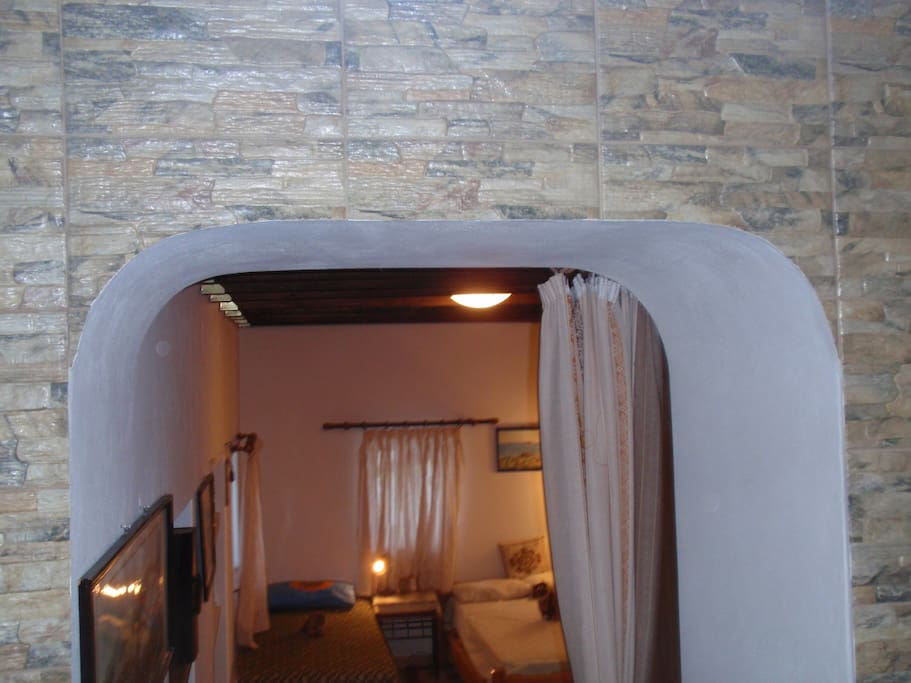 entrance to the 2nd bedroom