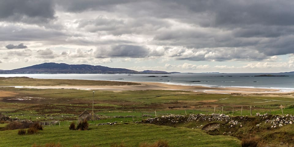 Devlin House, Along the Atlantic - Louisburgh - Ev