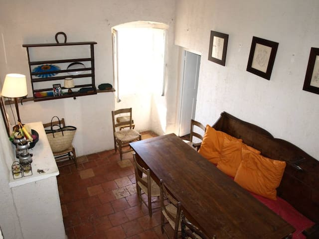 LOCATION MAISON PITTORESQUE - Sant'Antonino - House
