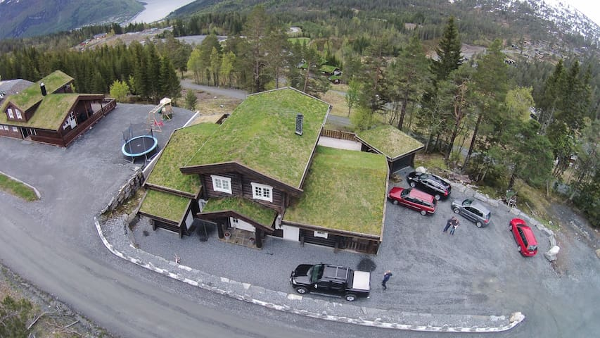 Timber cottage located in Bøanedsetra Stryn
