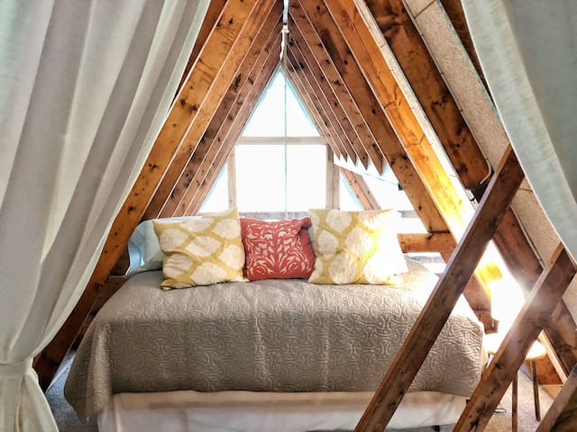 Upstairs loft space to the right - twin bed