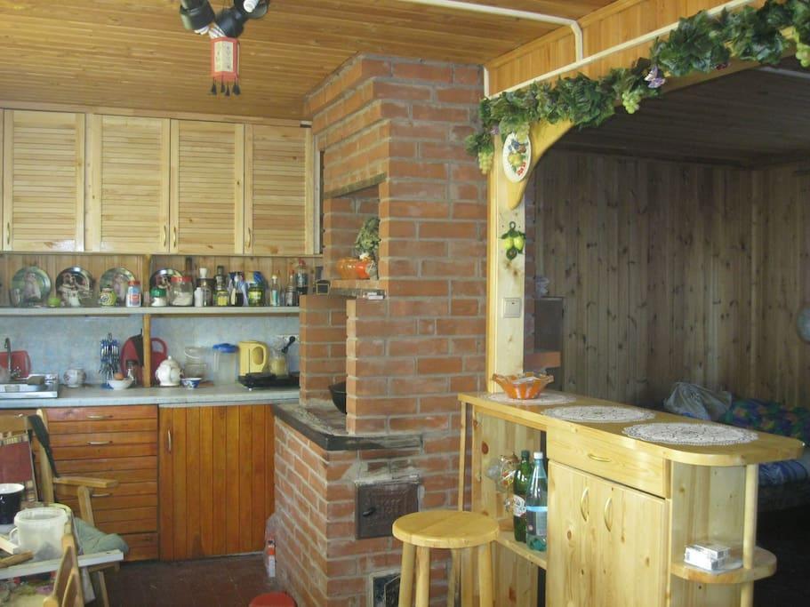 Кухня с баром