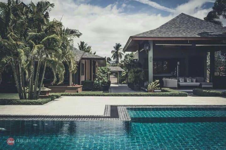 Kuiburi - Bonok, Knight's  Beach Front Villa, Th.