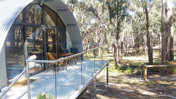 Mount Cole Cottages - Kookaburra Cottage