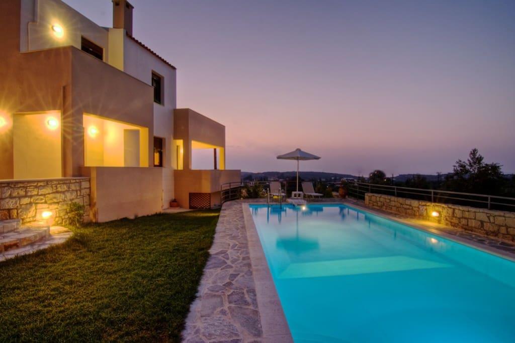 Emy Villa Exterior - Private Pool - Magnificent View
