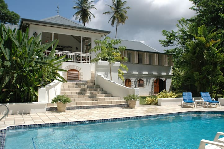 Canboulay - A beautiful Plantation-style villa