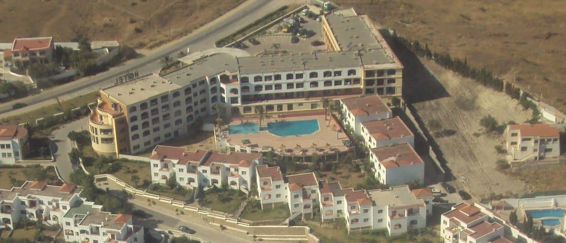 Piso 2 dormitorios y salon en la playa - Ksar es Seghir - Daire