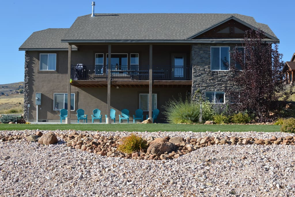 5 6 Bedroom House Minutes From Bear Lake Cabins For Rent In Garden City Utah United States