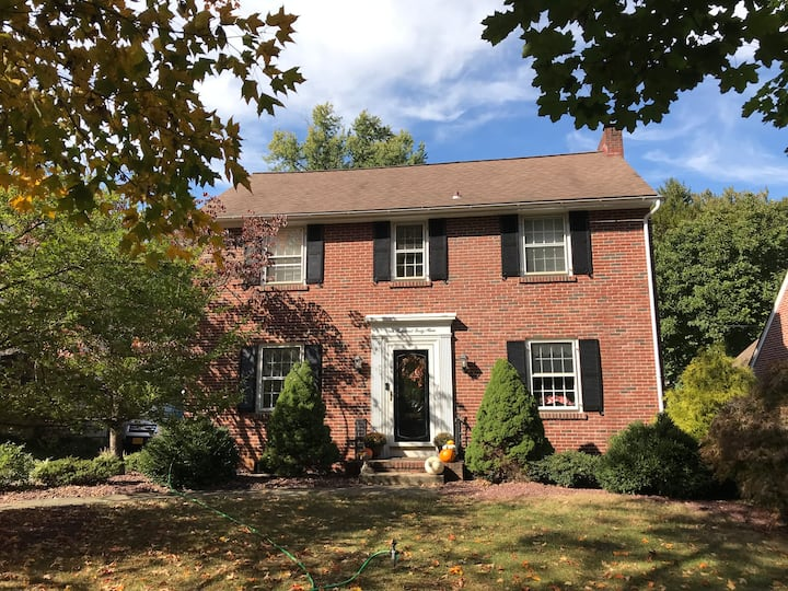Beautiful fully-furnished house in Millersville