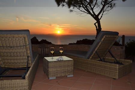 Villa Gemma con splendida vista a Costa Paradiso