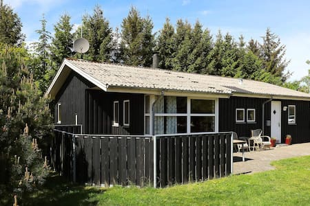 Lovely Holiday Home in Hals with Whirlpool