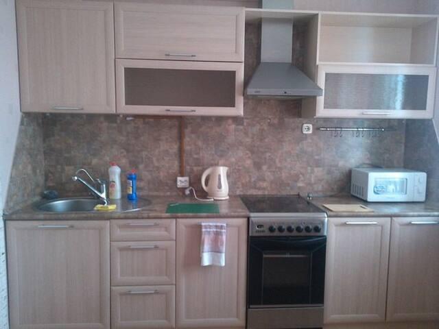 Аккуратная 2-комнатная квартира. - Nizhnekamsk - Apartment